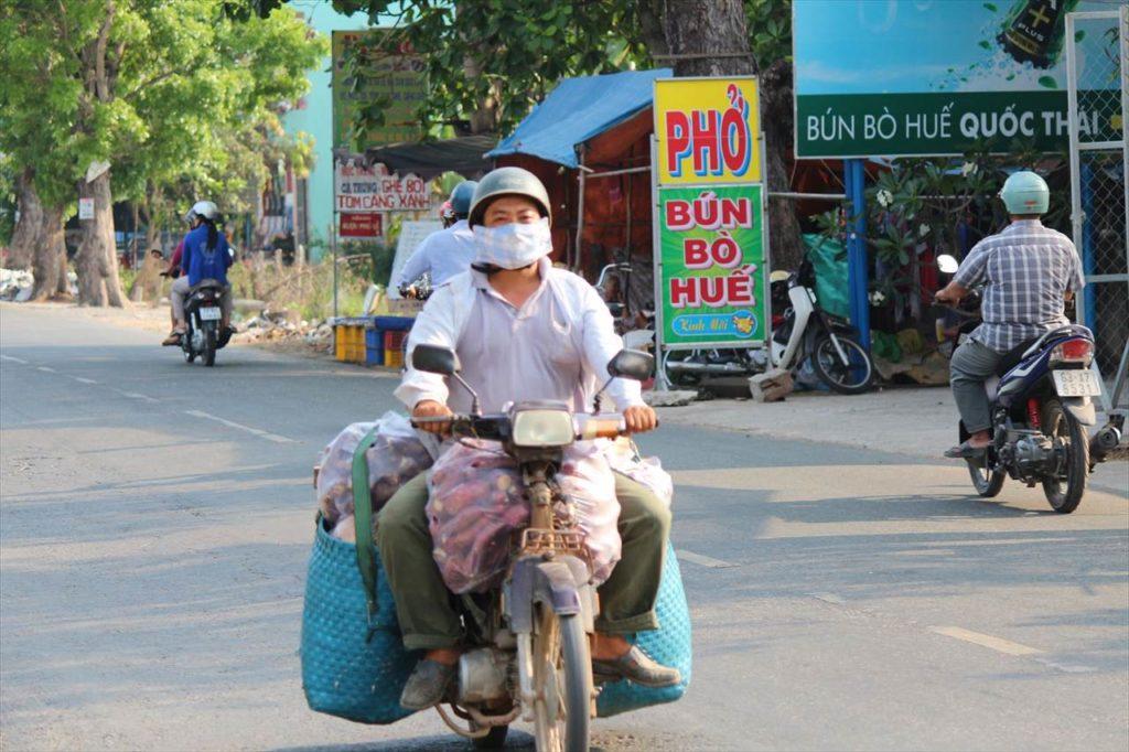 バイクが欠かせないベトナム