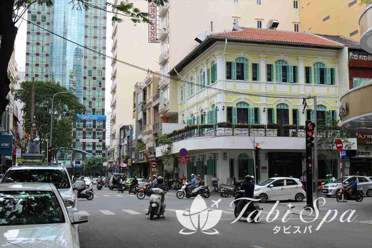ドンコイ通りの風景