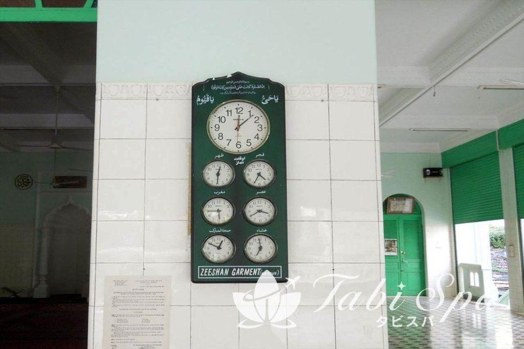 サイゴンセントラルモスクにある時計