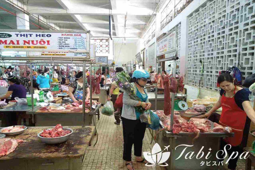 ハン市場の生鮮食品エリア