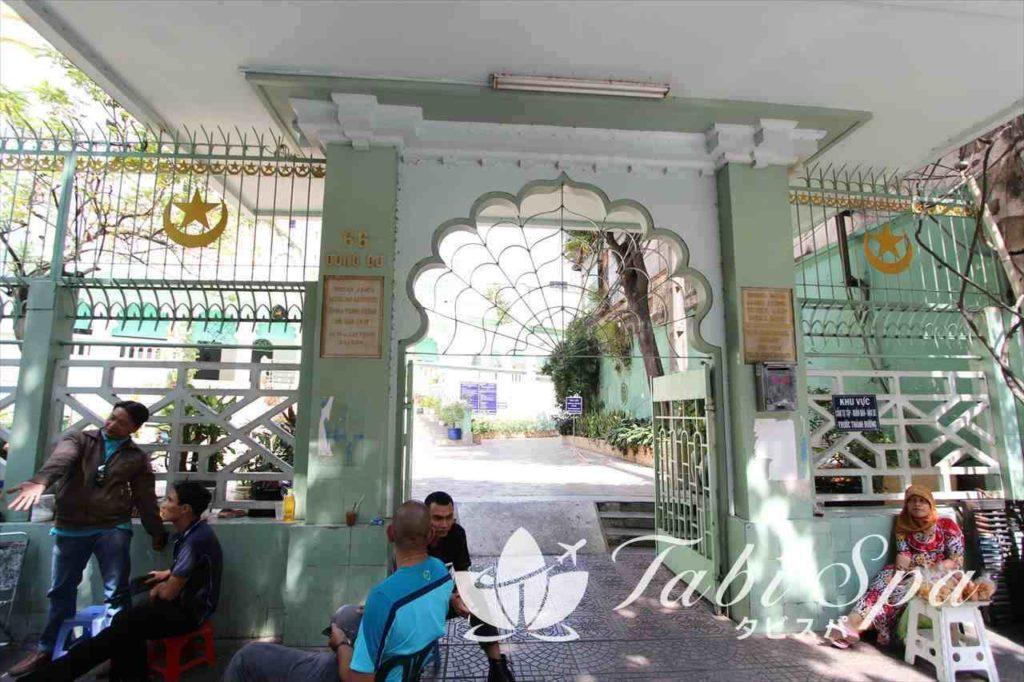 サイゴンセントラルモスクの入り口