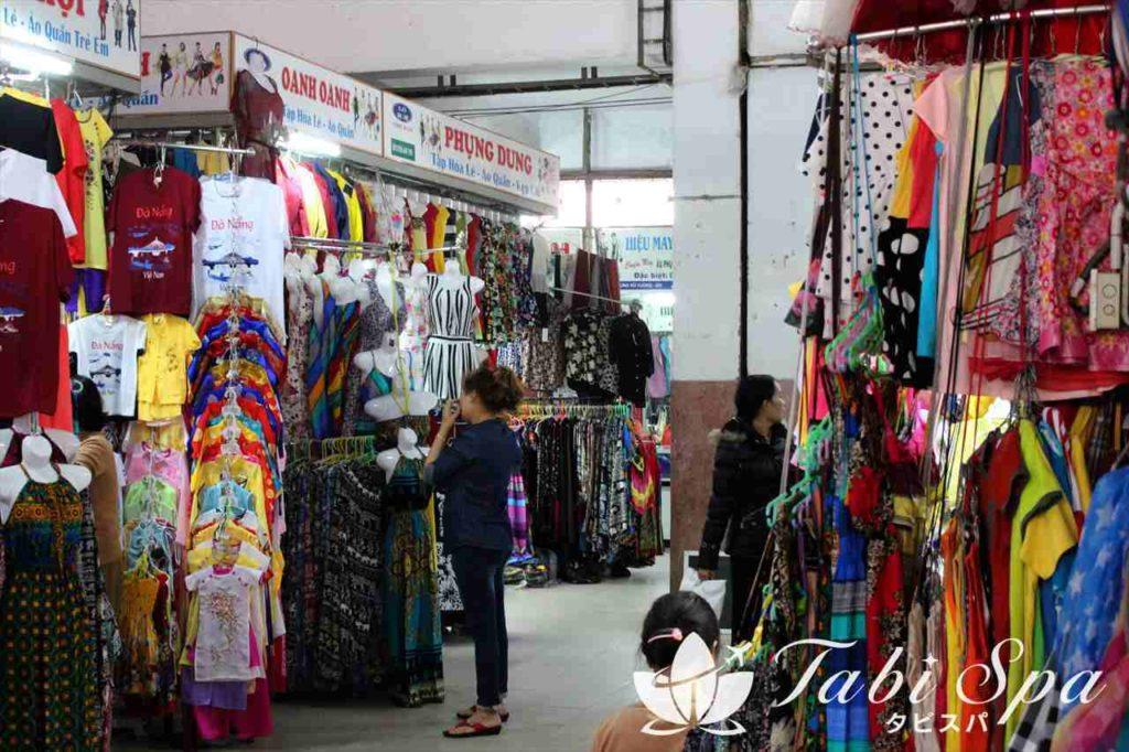 ハン市場の服飾エリア