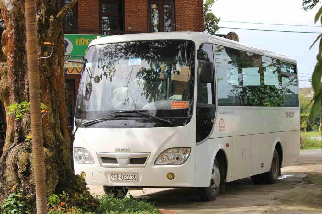 ツアーバスの写真