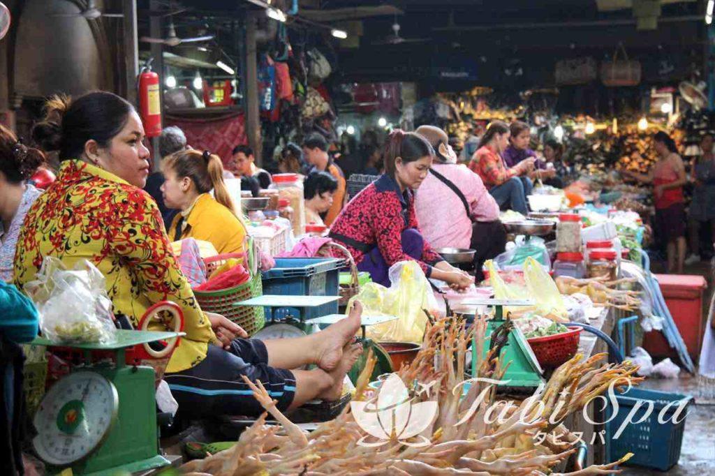 オールドマーケットの生鮮食品コーナー
