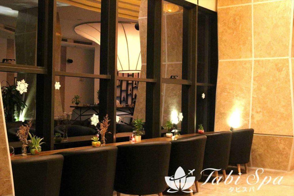 グランドトゥーランホテル(Grand Tourane hotel )のスカイバー