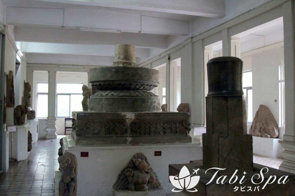 チャム彫刻博物館の館内