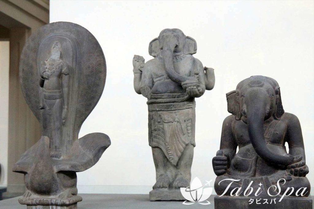 ヒンズー教の石像