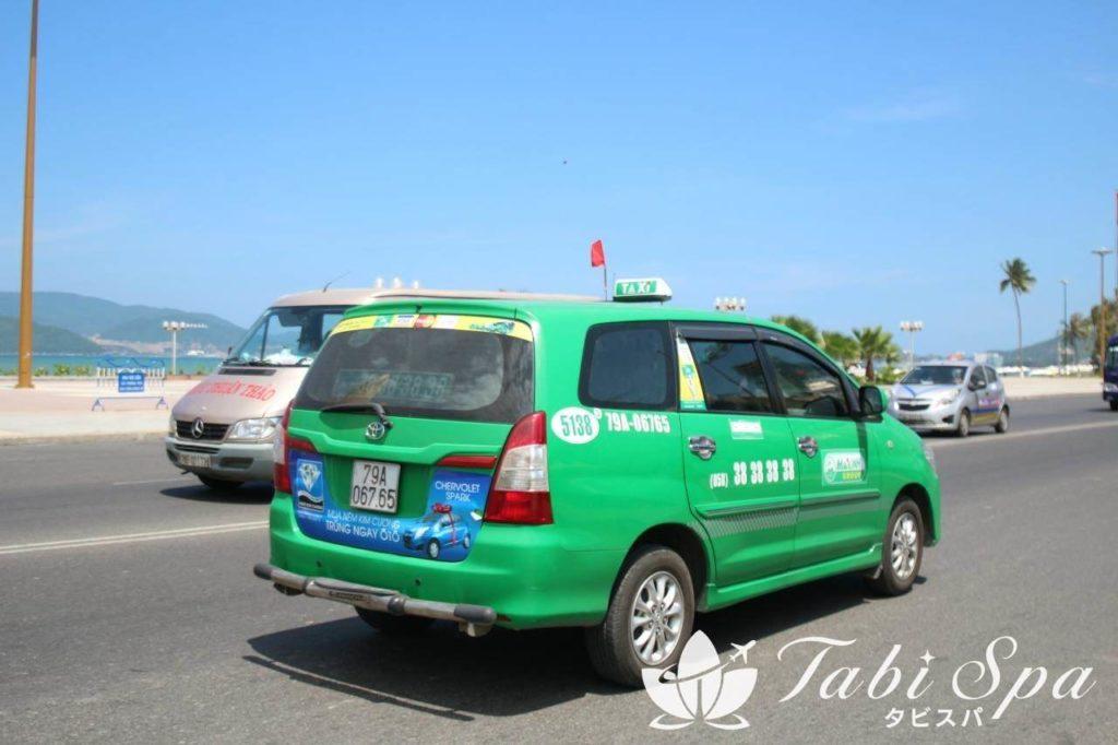 ダナンで走っているタクシー