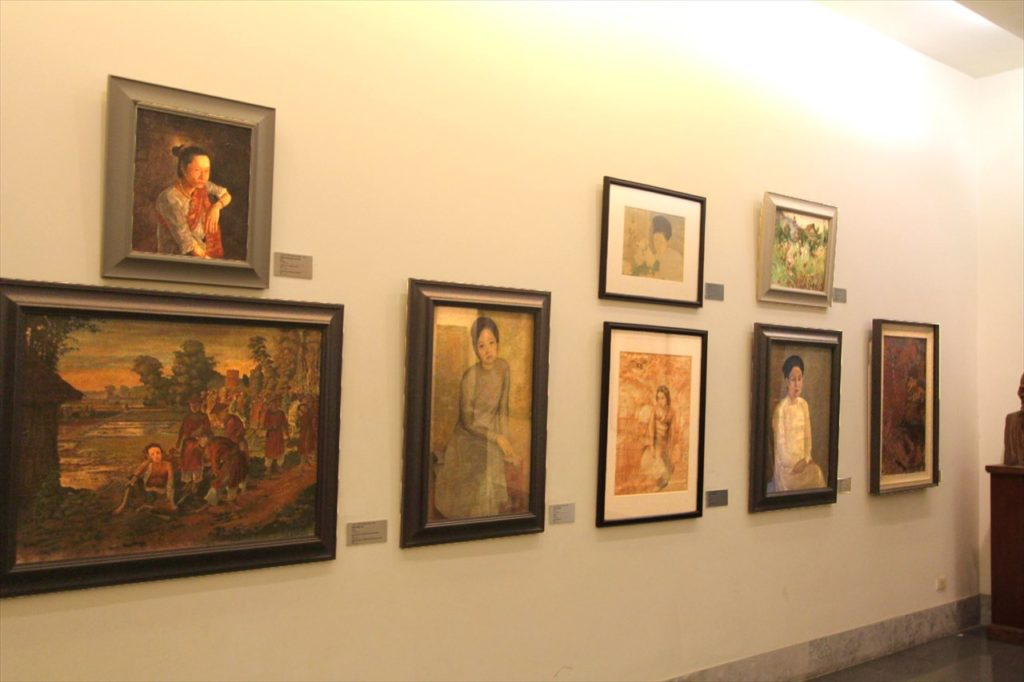 ベトナム国立美術博物館の展示品絵画