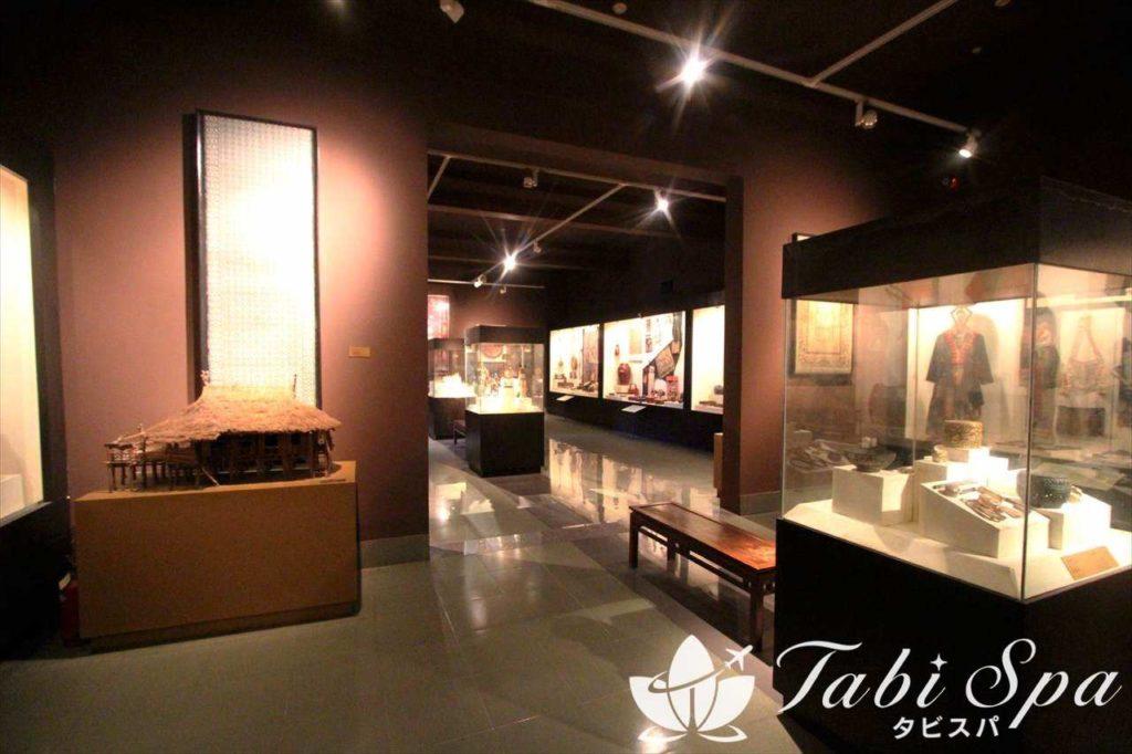 ベトナム国立美術博物館の館内