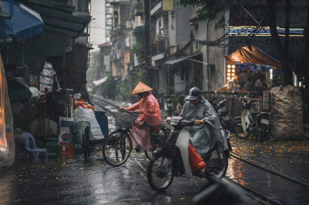 雨のハノイ