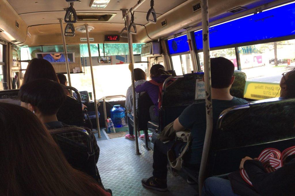 1.もっとも安価な移動手段「バス」