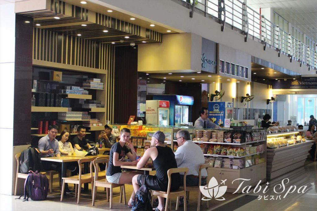最近は国内空港もお店が充実してきた