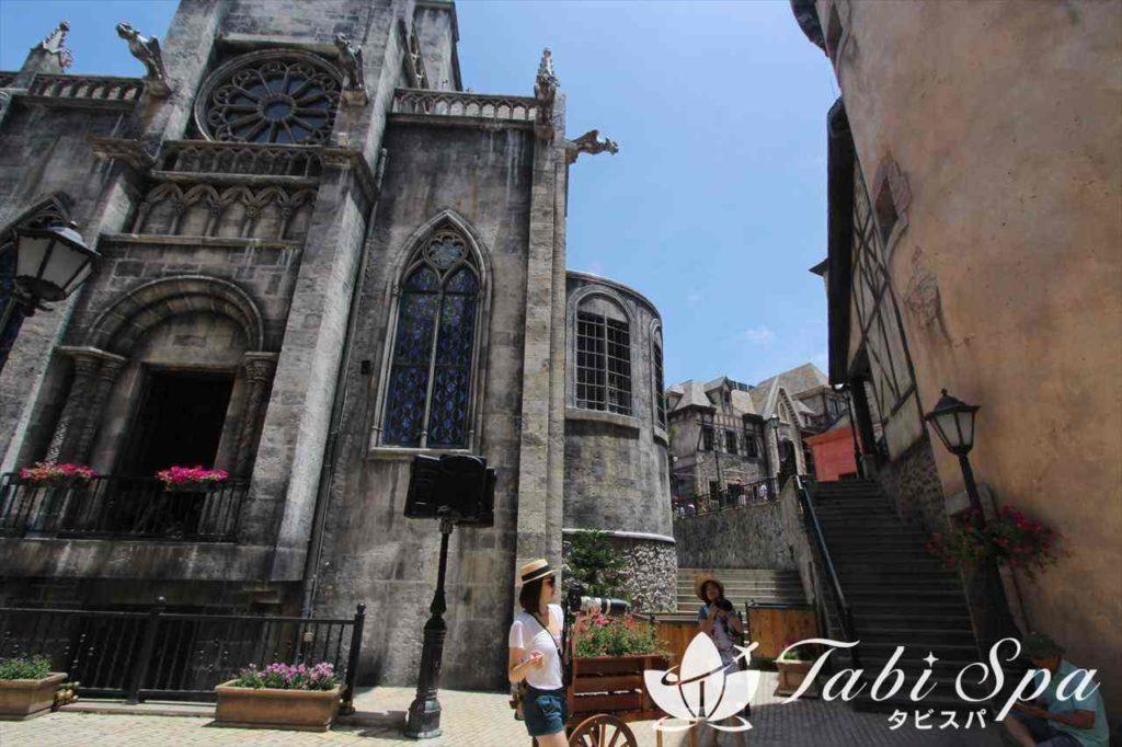 バナヒルズ。中世フランスの町並み