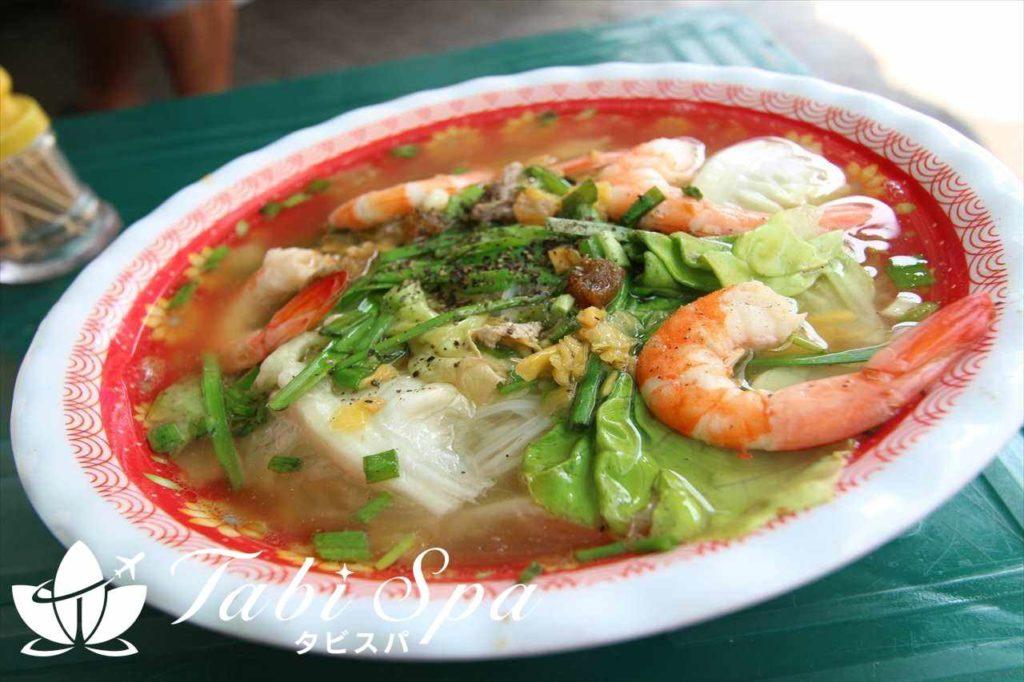 南部名物の麺料理「フーティウ/Hu Tieu」