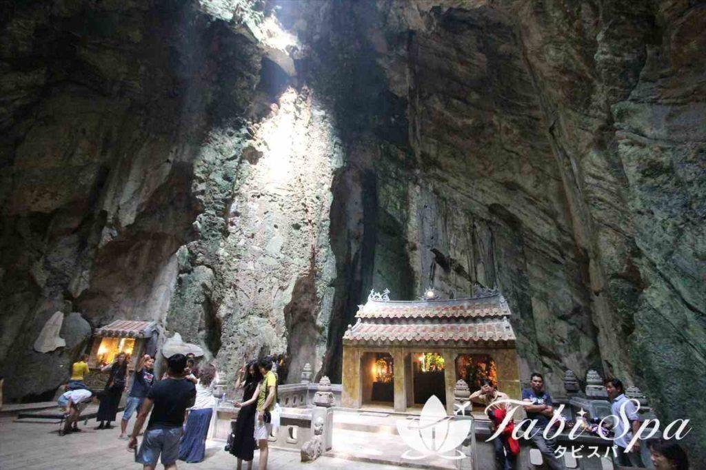 五行山の洞窟内部の様子