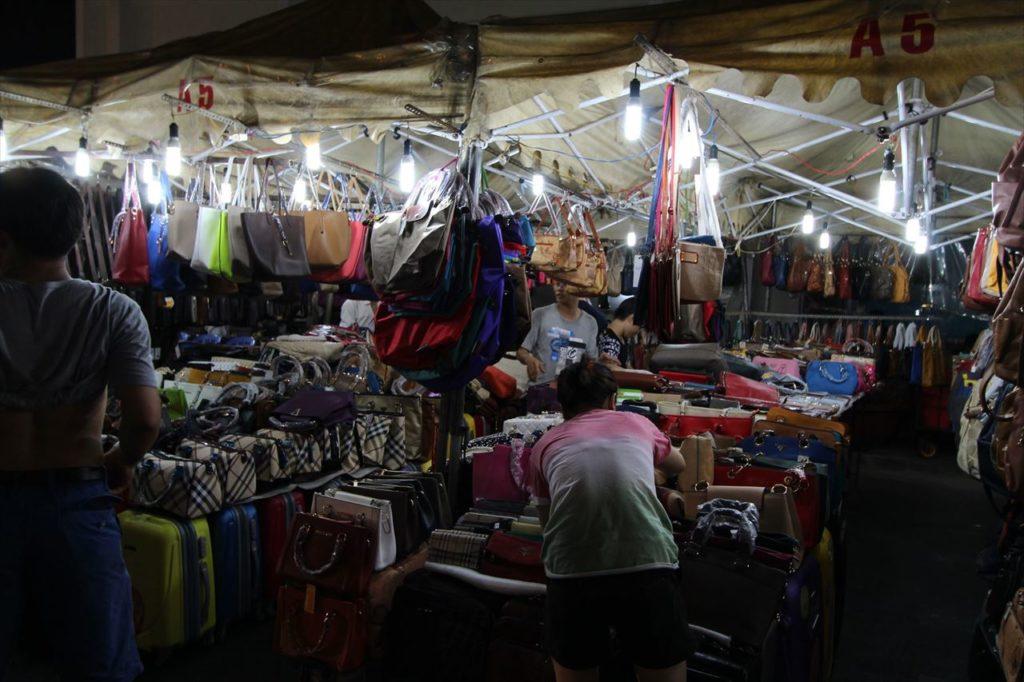 ベトナムの市場の写真