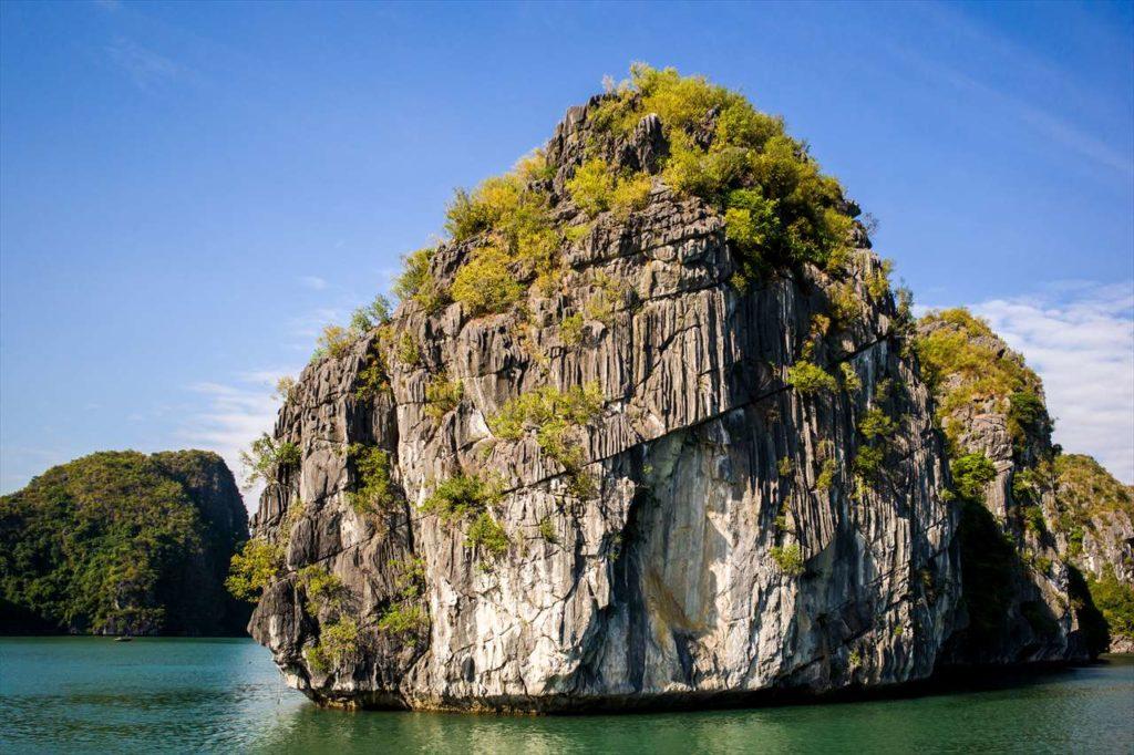 ハロン湾の奇岩