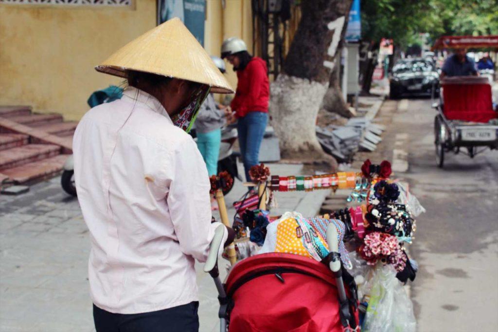 ベトナム旅行の全体の旅費や予算はどのくらい?
