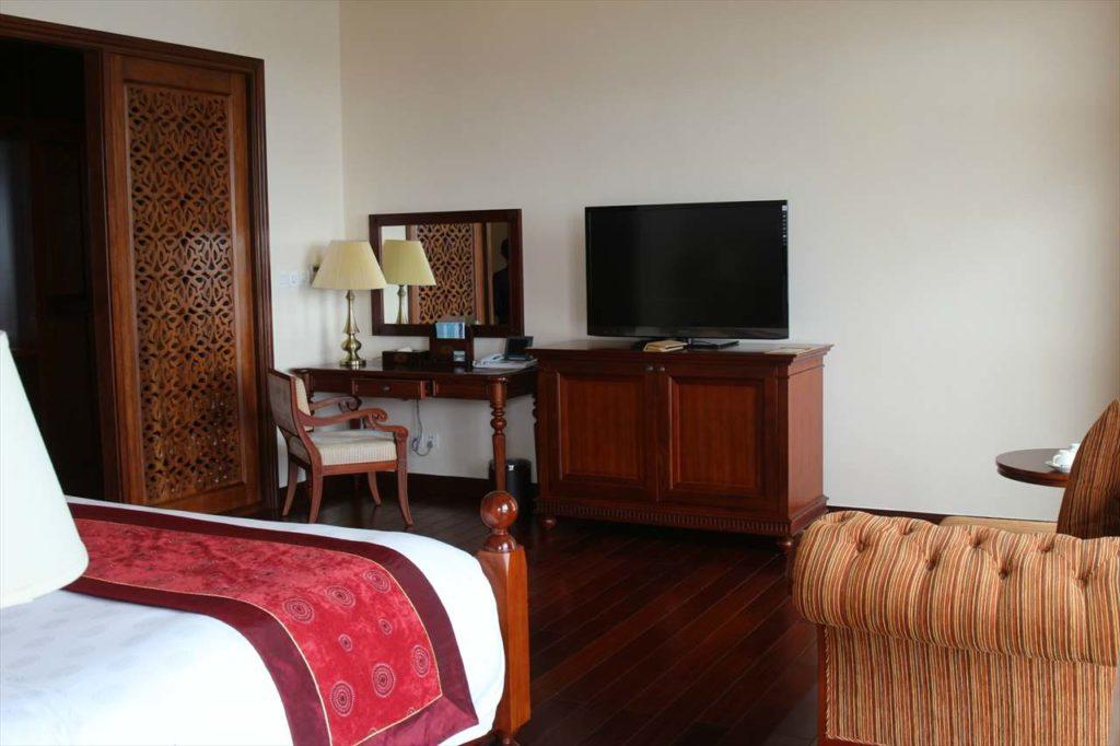 ベトナムのホテルのベッドルーム