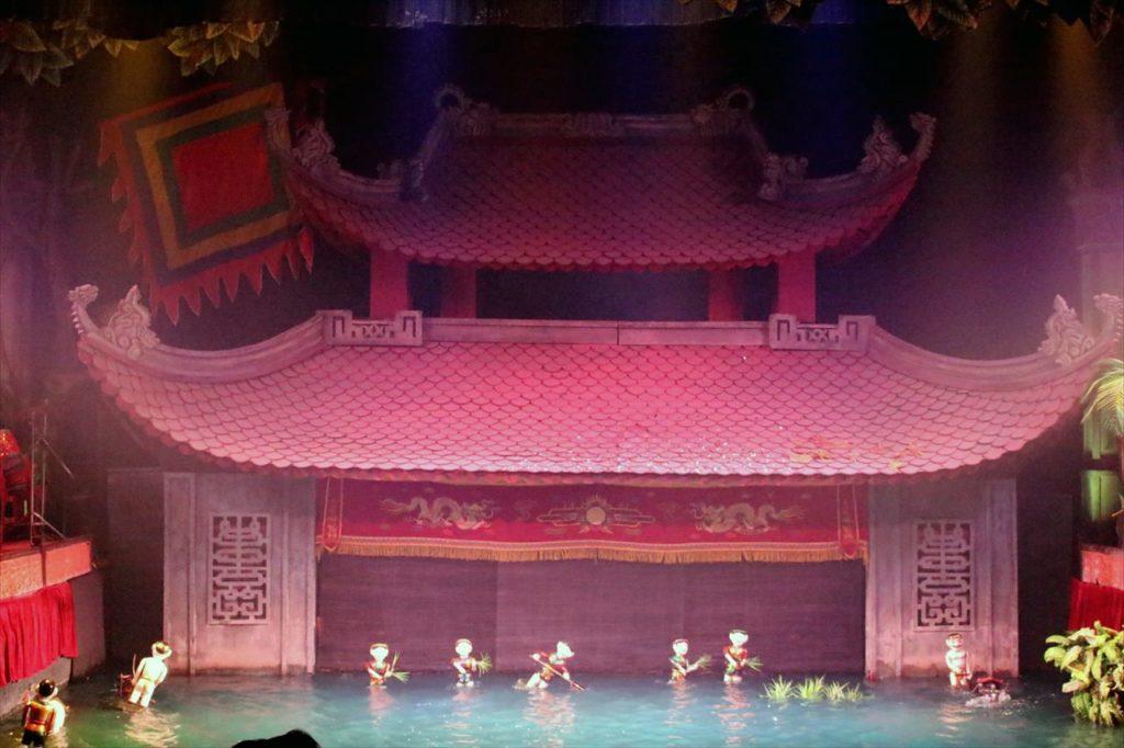 20:00〜21:00:タンロン水上人形劇場へ行こう