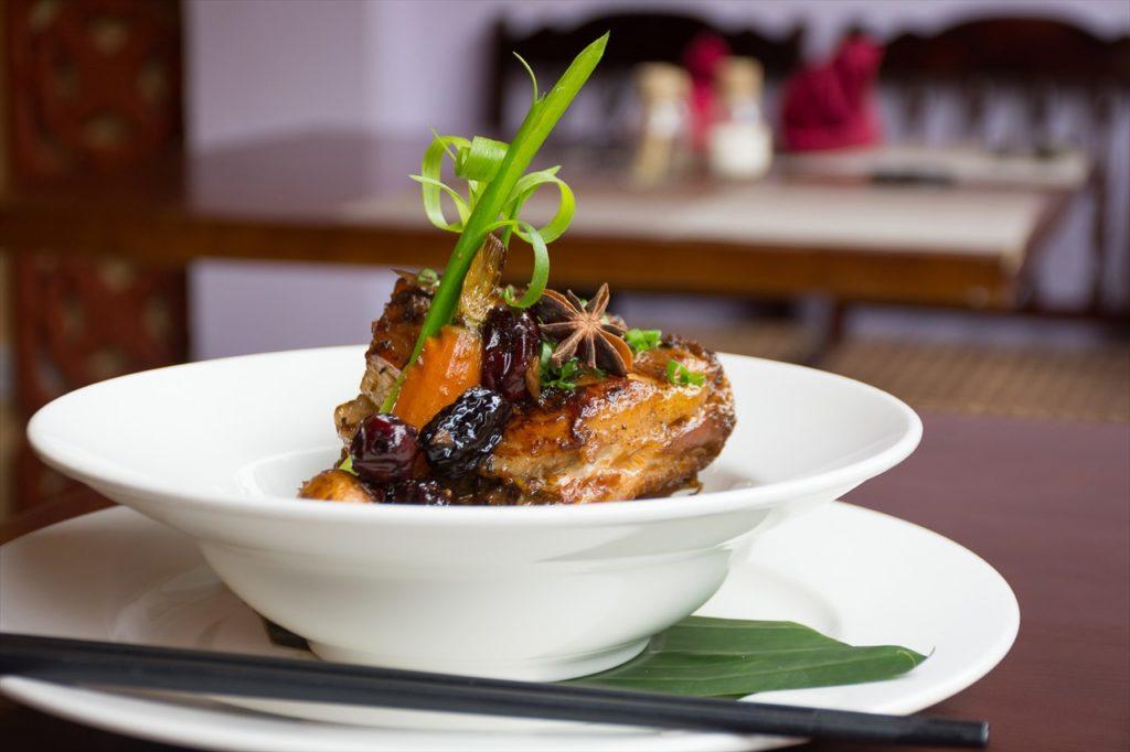 ベトナムの定番料理にハノイの名物。すべて食べつくそう