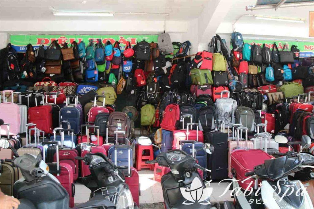 旅行用品も多く扱っている!