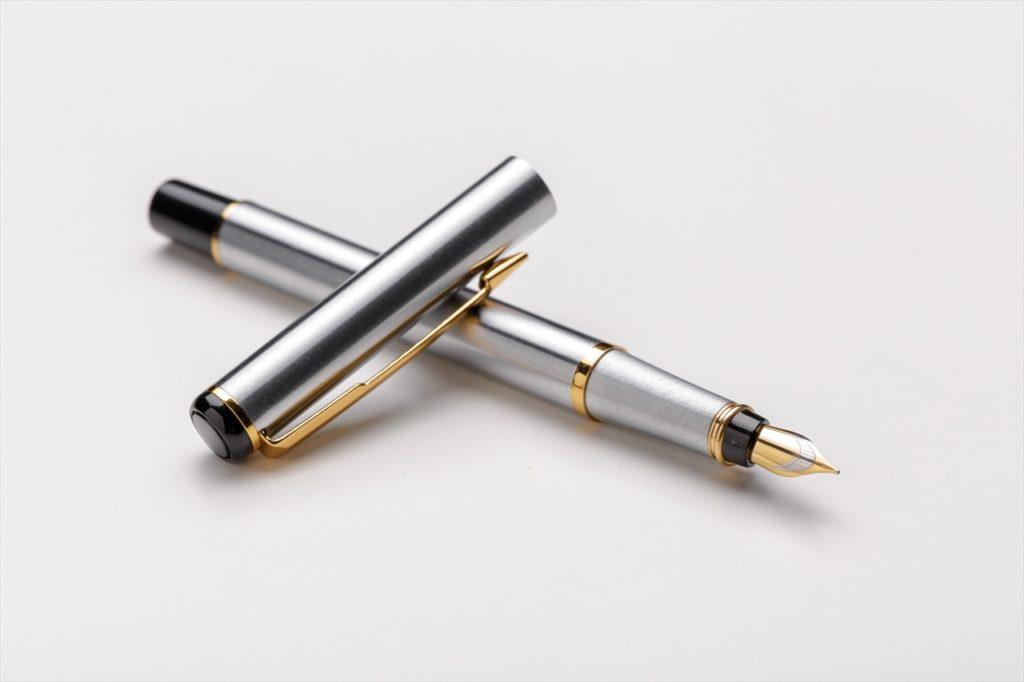 機内の便利グッズ⑪ ボールペン(筆記用具)