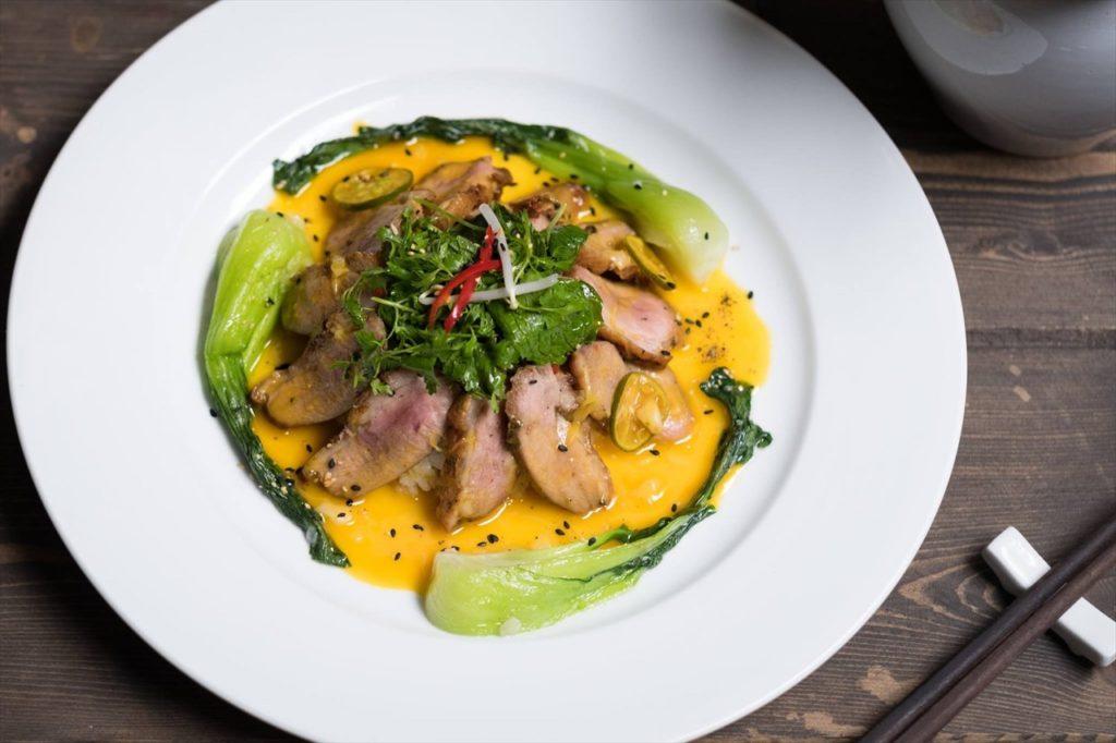 高級感たっぷりのベトナム料理も