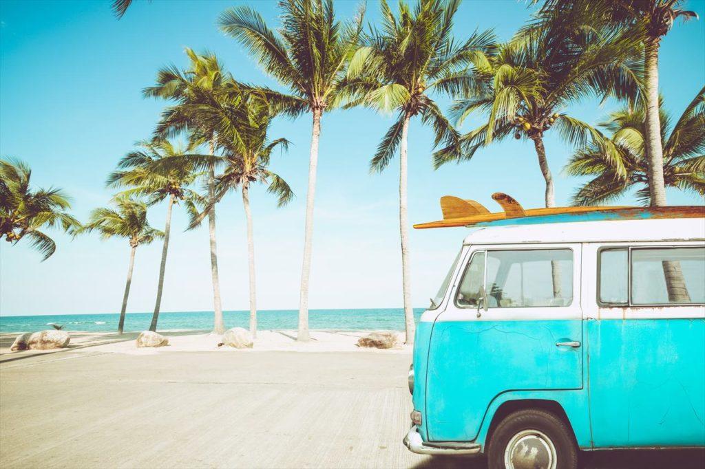 海とサーフィンの写真
