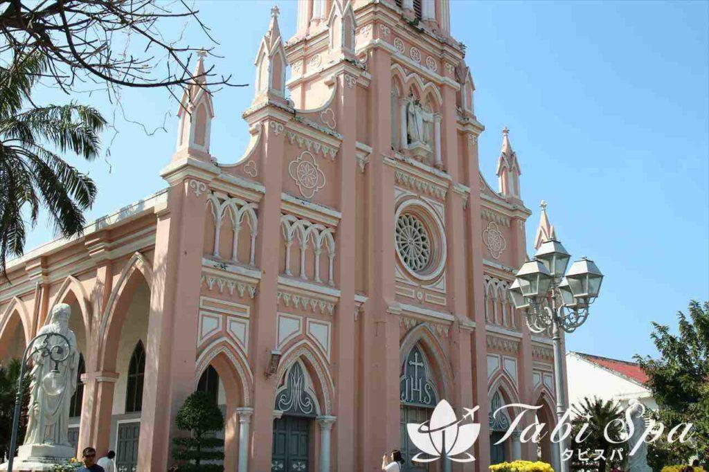 10位:インスタ映え観光地「ダナン大聖堂」