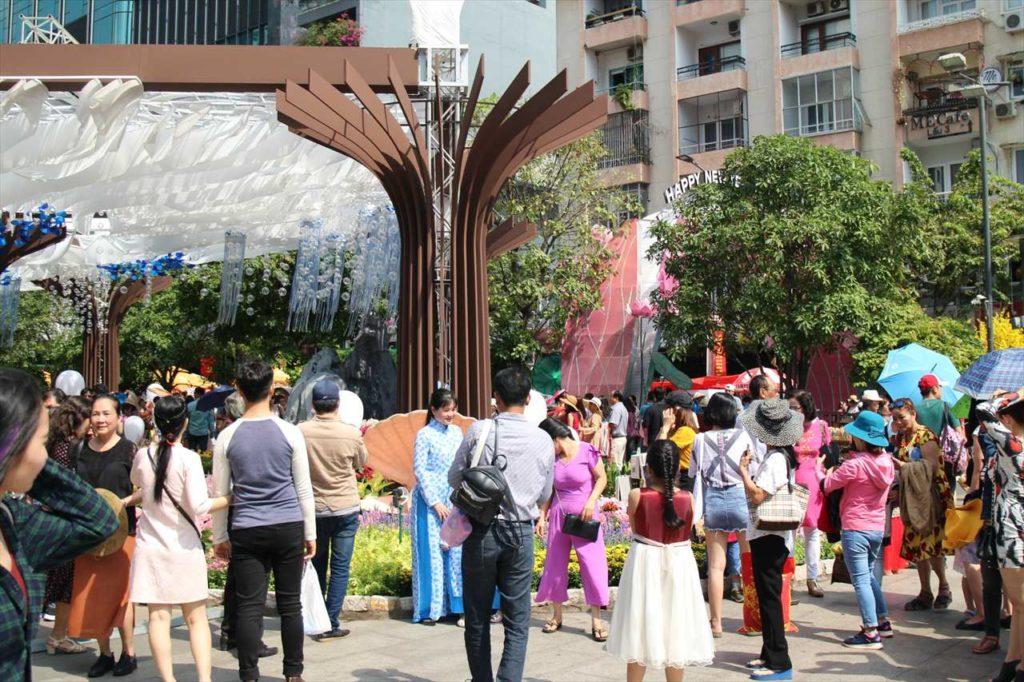 ベトナム各地で開催されるフラワーロードに注目