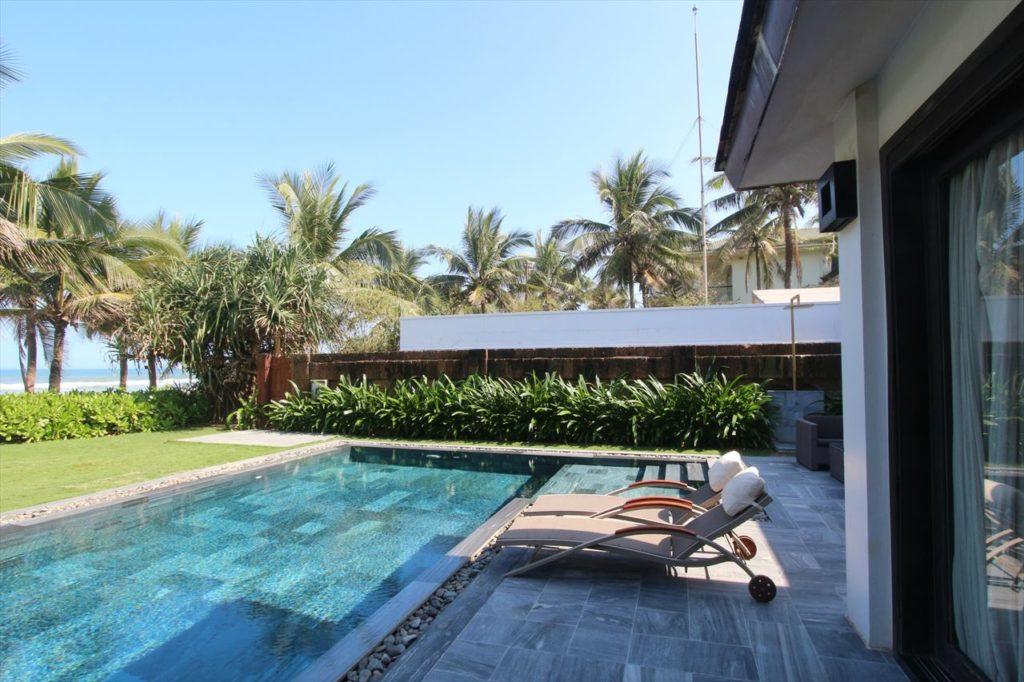 ダナンのホテルエリア③:最高級のリゾートホテル群が並ぶ「ノンヌォックビーチエリア」