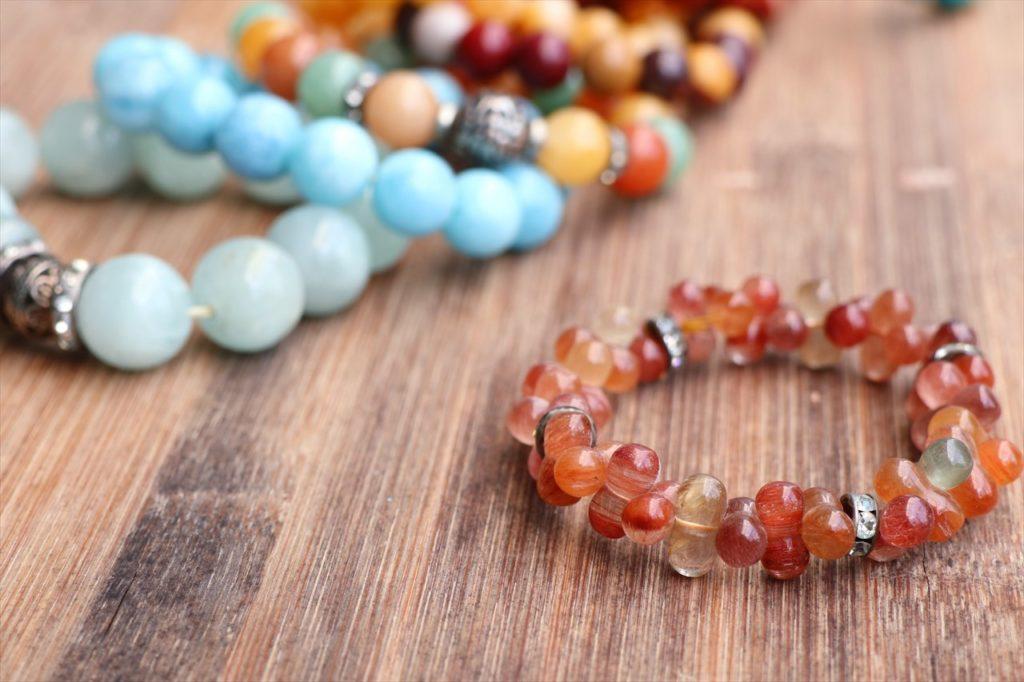 ベトナム産の宝石のアクセサリーを買おう!