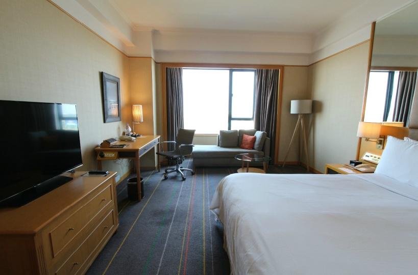 ルネッサンスリバーサイドホテルの豪華客室をご案内!