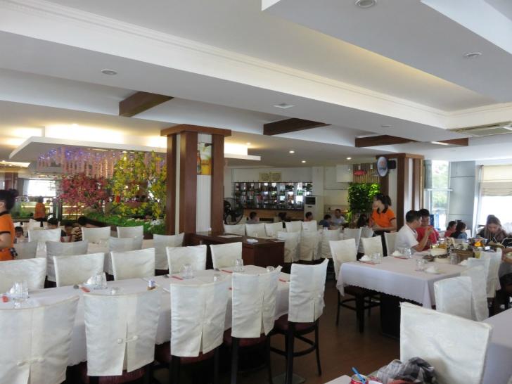 海鮮レストラン「Ganh Hao」
