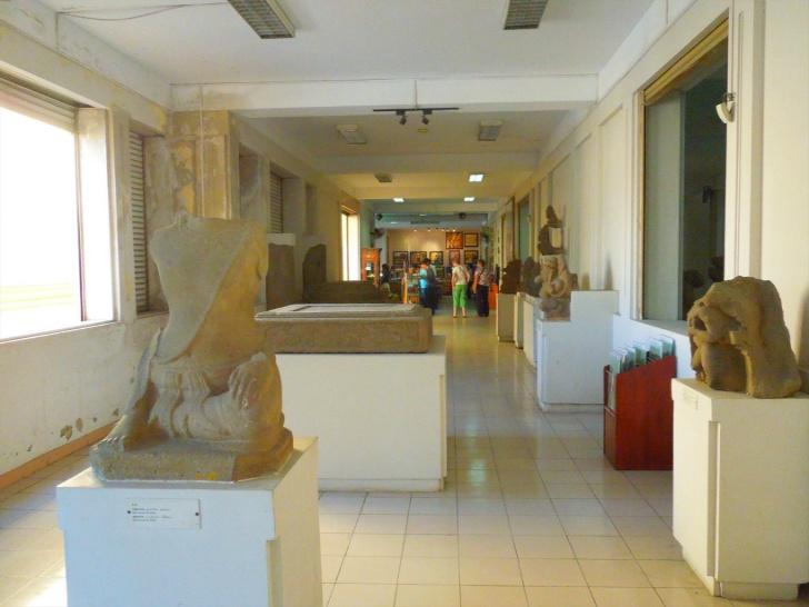 チャム彫刻博物館の内部