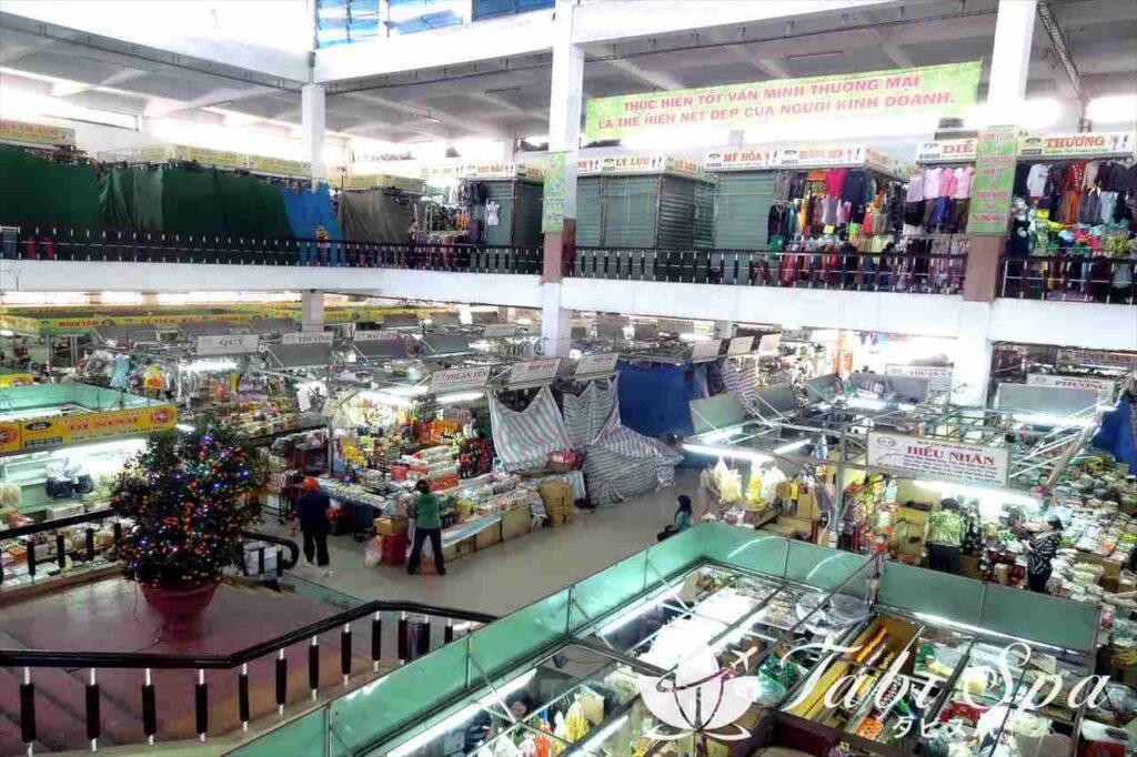 11:15 ハン市場