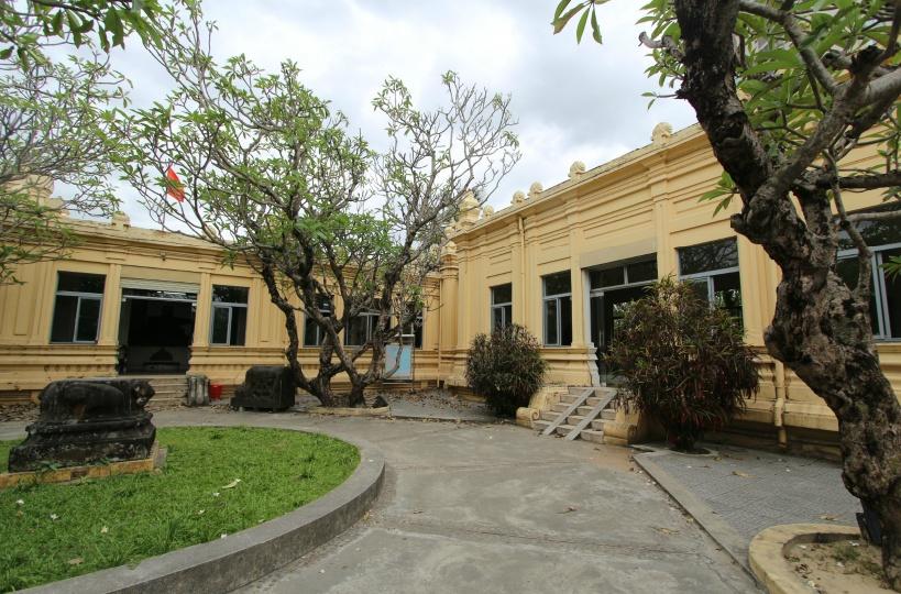 10:30 「チャム彫刻博物館」でベトナムの伝説の国家チャンパ王国を知ろう