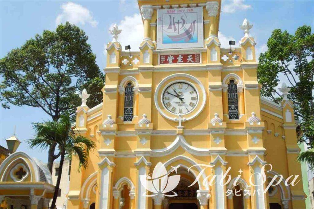 中華のチョロンに佇む1つの尖塔「チャータム教会」
