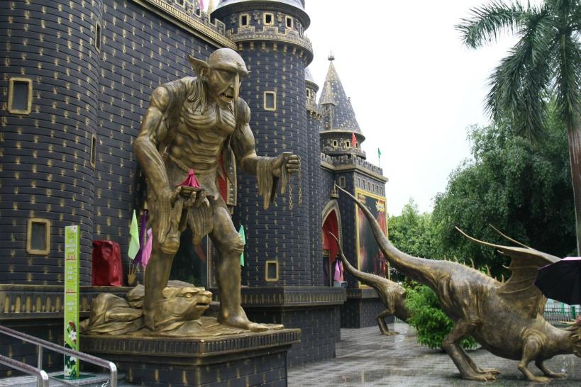 最新のアトラクション「ハリーポッターの城」も見逃せない!